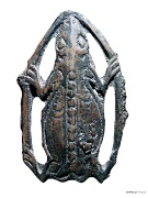 13 Фигура лягушки со спины